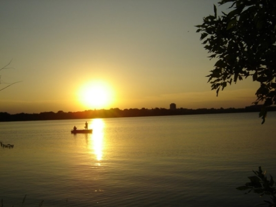 lake-calhoun-minneapolis-marilia-600x450